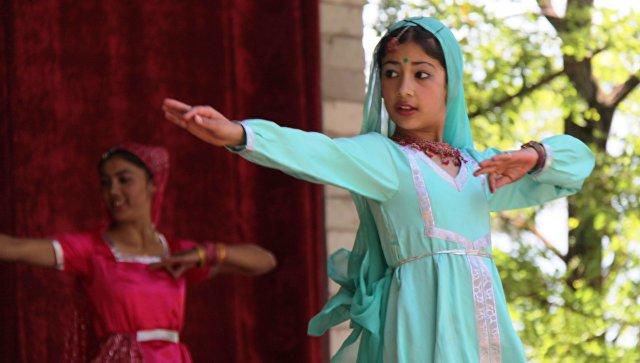 Индийские танцы. Архивное фото