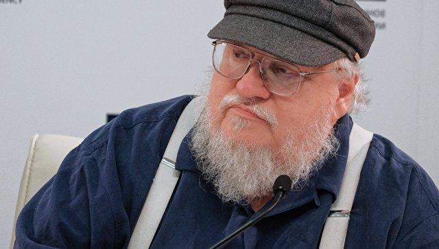 Американский писатель-фантаст Джордж Рэймонд Ричард Мартин на пресс-конференции в Санкт-Петербурге