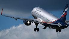 Airbus A320 взлетает в аэропорту Шереметьево в Москве. Архивное фото