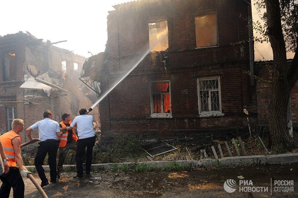 Пожар в Ростове-на-Дону: эвакуированы более 500 человек
