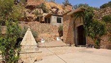 На территории храма Лалеш в Ираке. Архивное фото