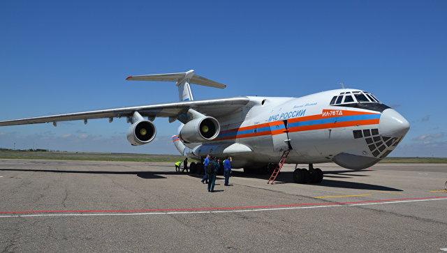 Самолет Ил-76 МЧС России, архивное фото