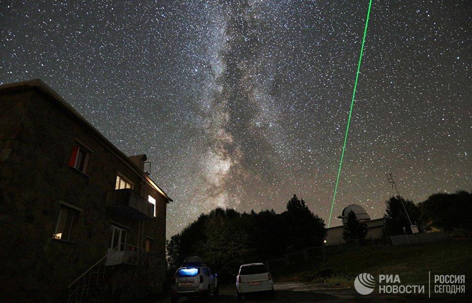 Замер расстояния до небесного объекта с помощью лазера БТА на территории Специальной астрофизической обсерватории РАН