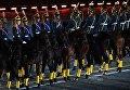 Военнослужащие конных караулов Президентского полка на торжественной церемонии закрытия X Международного военно-музыкального фестиваля Спасская башня в Москве