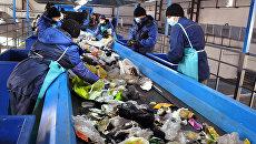 Один из крупнейших мусоросортировочных заводов в РФ открыли в Тюмени