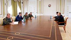 Начальник Генерального штаба Вооруженных сил РФ Валерий Герасимов во время встречи с президентом Азербайджана Ильхамом Алиевым. 7 сентября 2017