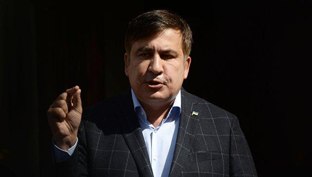"""Саакашвили считает нужным договориться с Порошенко """"не растаскивать страну"""""""