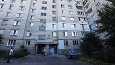 Повреждения жилого дома в результате ночного обстрела Кировского района города Донецка. 17 сентября 2017