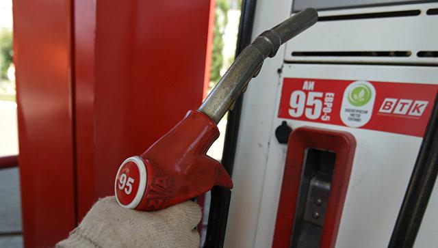 Аксенов допустил снижение цен на топливо в Крыму