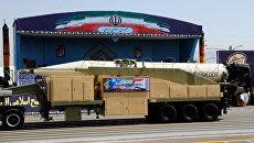 Баллистическая ракета Khorramshahr во время парада в Тегеране, Иран. 22 сентября 2017