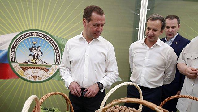 Медведев вАдыгее проведет совещание оходе полевых работ