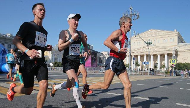Медики рассказали об опасности марафонов для бегунов-любителей