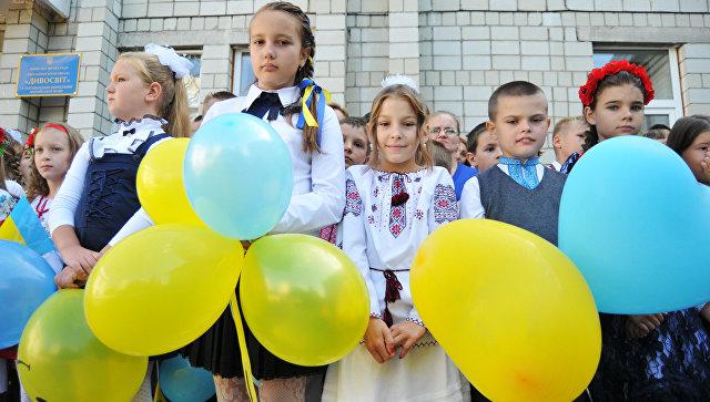 Мнение: Киеву предстоит выкручиваться из ситуации с законом об образовании