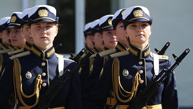 Принятие присяги девушками-курсантами Краснодарского летного училища. 30 сентября 2017