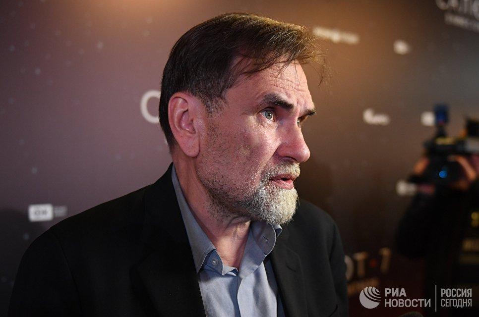 Руководитель кинокомпании СТВ, продюсер Сергей Сельянов на премьере фильма Салют-7 в кинотеатре Октябрь