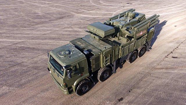 Самоходный ЗРПК наземного базирования Панцирь-С. Архивное фото