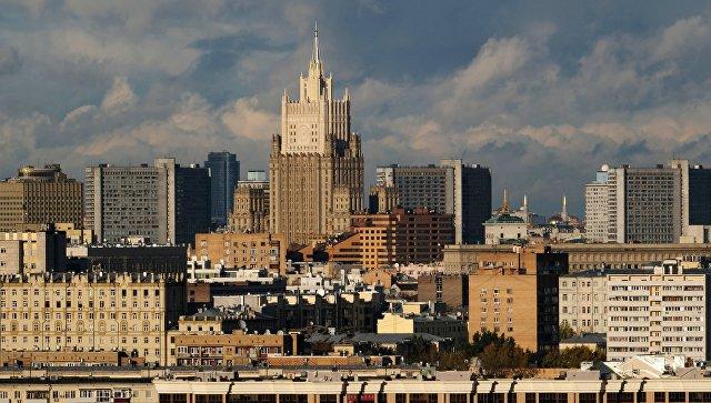 Поставки оружия из США и Канады провоцируют Киев, заявили в МИД