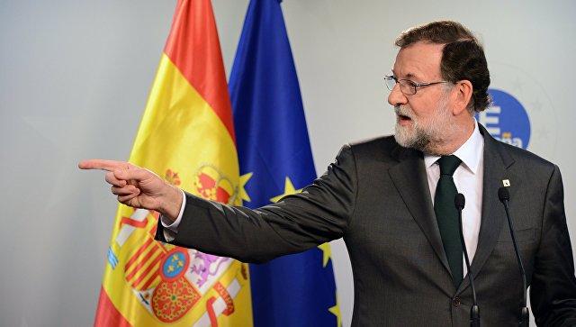 Мадрид в субботу применит статью Конституции, лишающую Каталонию автономии