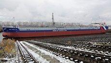 Церемония спуска на воду танкера проекта RST27M на заводе Красное Сормово