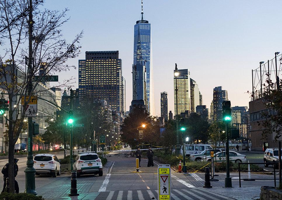 На месте наезда грузовика на людей в Нью-Йорке. 31 октября 2017
