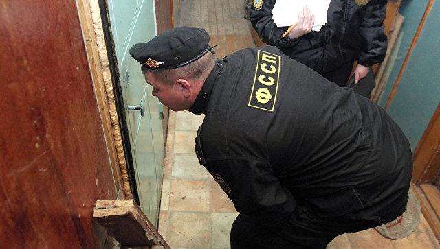 Во Владивостоке двух братьев осудили за угрозы приставу