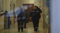 Криминалисты в здании политехнического колледжа №42 на Гвардейской улице в Москве. 1 ноября 2017