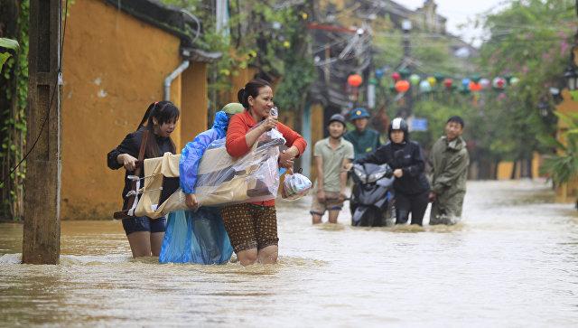 Число жертв тайфуна во Вьетнаме выросло до 47 человек