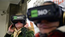 Показ видеороликов Революция 360 в Московском метрополитене. 6 ноября 2017