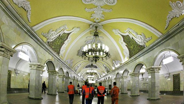 Вцентральной части Москвы начали реставрировать купол станции метро «Комсомольская»