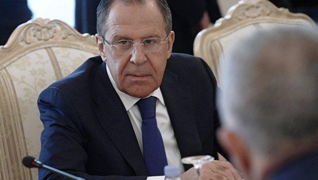 Главы МИД России и Армении проводят переговоры в Ереване