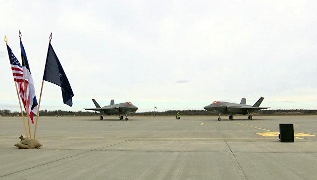 Американские истребители F-35 на авиабазе Амари в Харьюмаа, Эстония
