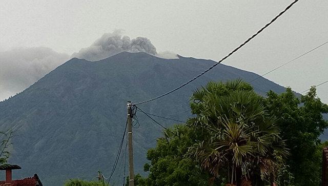 Извержение вулкана Агунг, Бали. 21 ноября 2017