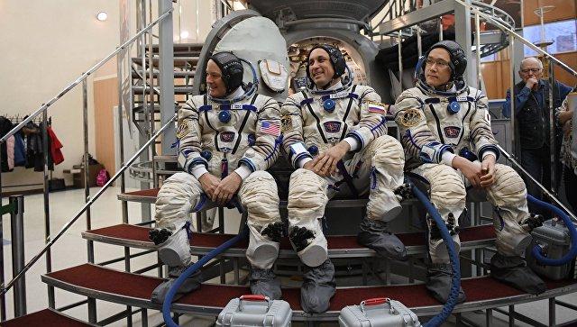 Утвержден новый экипаж, который отправится к МКС
