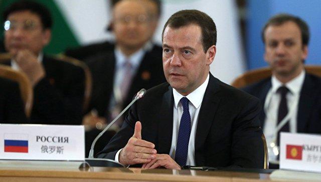 Председатель правительства РФ Дмитрий Медведев во время заседания Совета глав правительств стран Шанхайской организации сотрудничества в Сочи. 1 декабря 2017