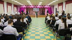 Южно-Сахалинской школе №8 присвоено имя погибшего в Сирии генерал-лейтенанта Валерия Асапова. 11 декабря 2017