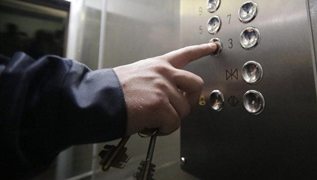 Лифт в жилом доме. Архивное фото