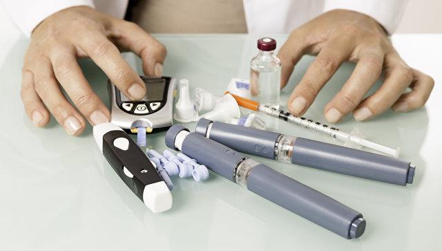 Медицинские принадлежности для диабетика. Архивное фото
