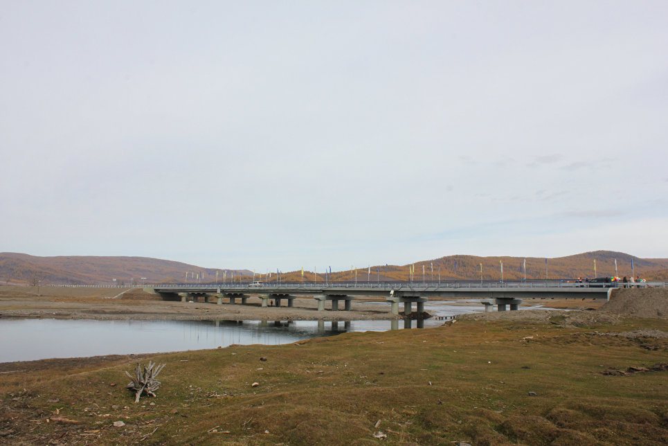 Бурятия, мост через реку Цакирк