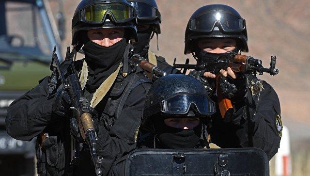 Военнослужащие спецназа МВД Киргизии во время антитеррористической операции в рамках учений ОДКБ. Архивное фото