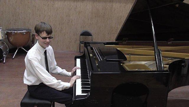 Никита_мы_с_тобой: история незрячего музыканта из Калининградской области