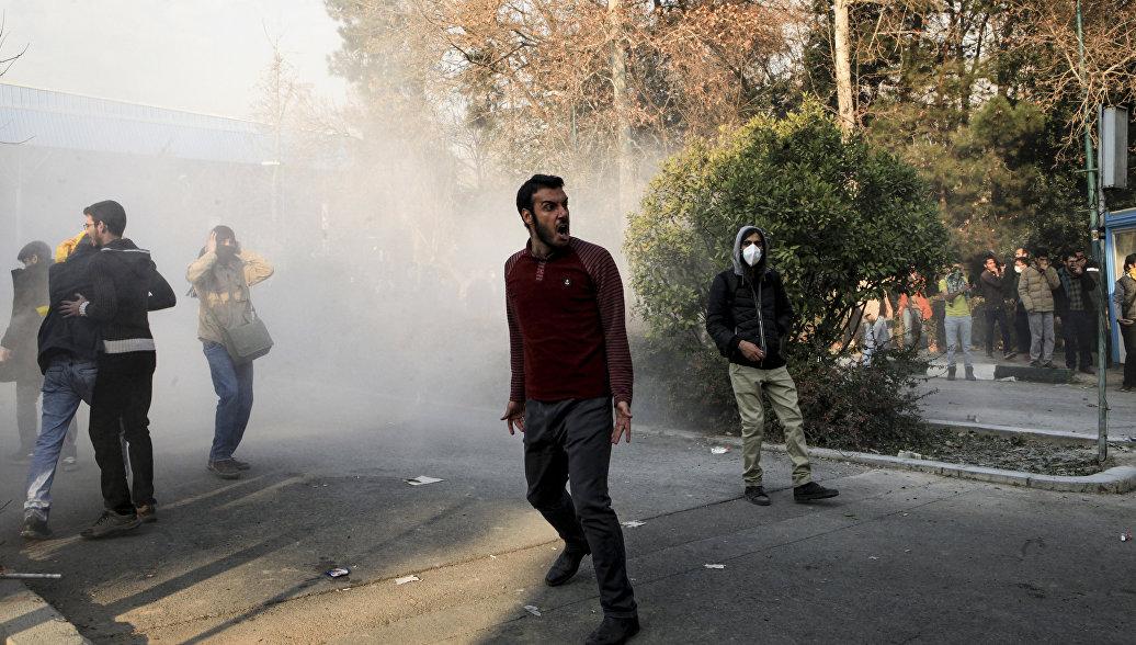 США, Израиль, Саудовская Аравия: в Иране назвали организаторов протестов