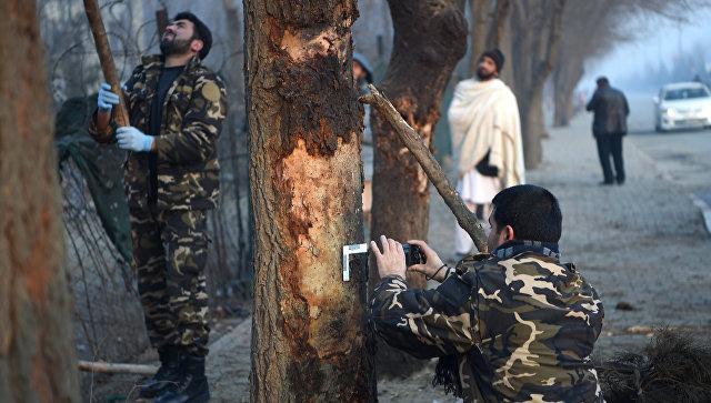 Число погибших при атаке смертника в Кабуле возросло до 20
