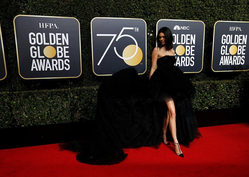 Номинированная в семи категориях Форма воды Гельермо дель Торо получила только два Золотых глобуса - за музыку и режиссуру.