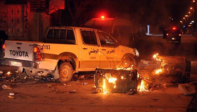 Один человек умер  впроцессе  протестов насевере Туниса