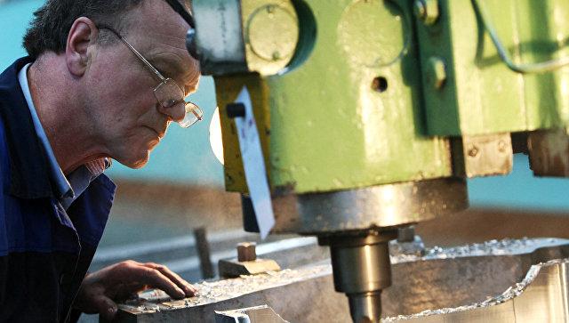 """""""Облысел, ослеп и слег"""": рабочих в Таганроге мог отравить коллега"""