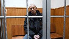 Водитель рейсового автобуса Виктор Тихонов в Басманном суде Москвы. Архивное фото