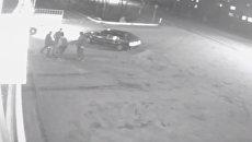 Уличная разборка под Калугой, закончившаяся убийством, попала на видео
