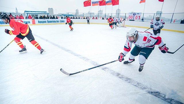 Международный хоккейный матч Содружество Россия / КНР на реке Амур. 14 января 2018