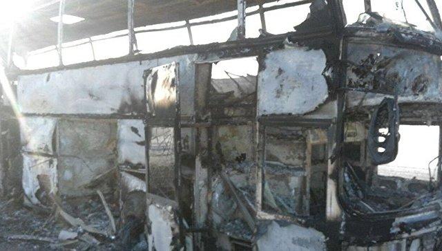 Автобус, сгоревший в Актюбинской области Казахстана
