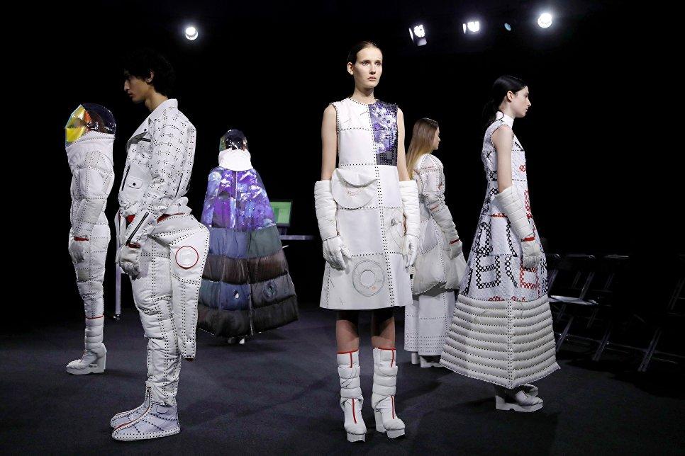 Показ коллекции Yuima Nakazato в рамках Недели высокой моды в Париже